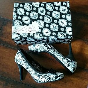 Iron Fist pinup rockabilly skull skeleton heels
